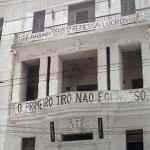 Faixas na antiga sede das entidades estudantis no RJ