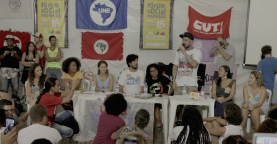 No Fórum, Tico Santa Cruz se coloca na linha de frente da defesa da democracia