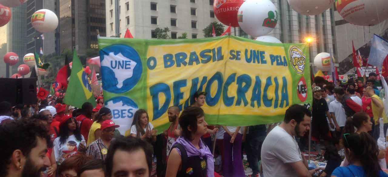 DIA 18: A força do movimento estudantil pela democracia