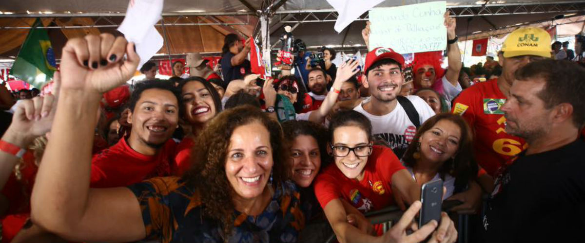 Em Brasília, força total pela democracia