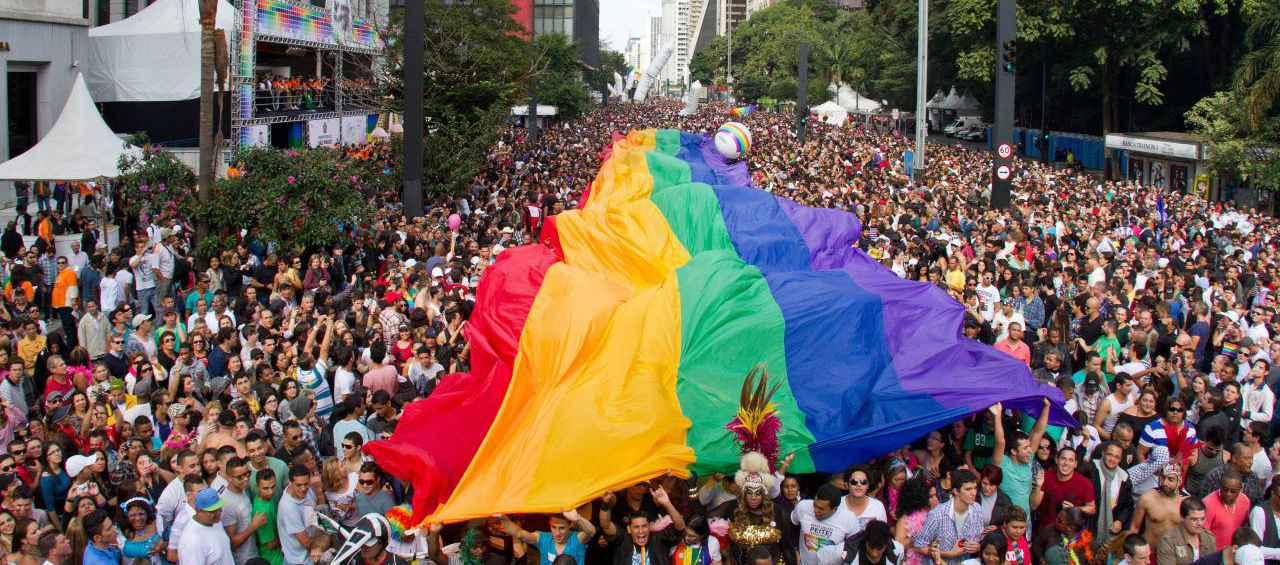 Com bloco fora Temer, nesse domingo (29) milhares vão às ruas na 20ª Parada do Orgulho LGBT em São Paulo