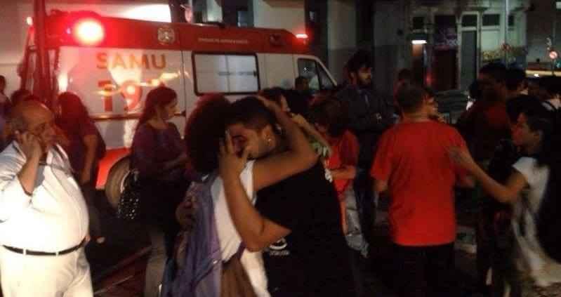 Secundaristas são agredidos por policiais durante votação do Plano Municipal de Educação, em Salvador (BA)
