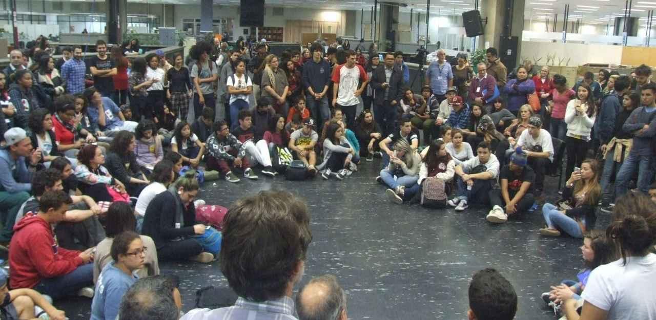 RS: Estudantes levam pautas das ocupações à Secretaria de Educação e dão prazo para receber respostas