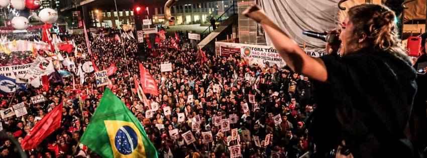 A voz de quem luta contra o golpe toma a Avenida Paulista