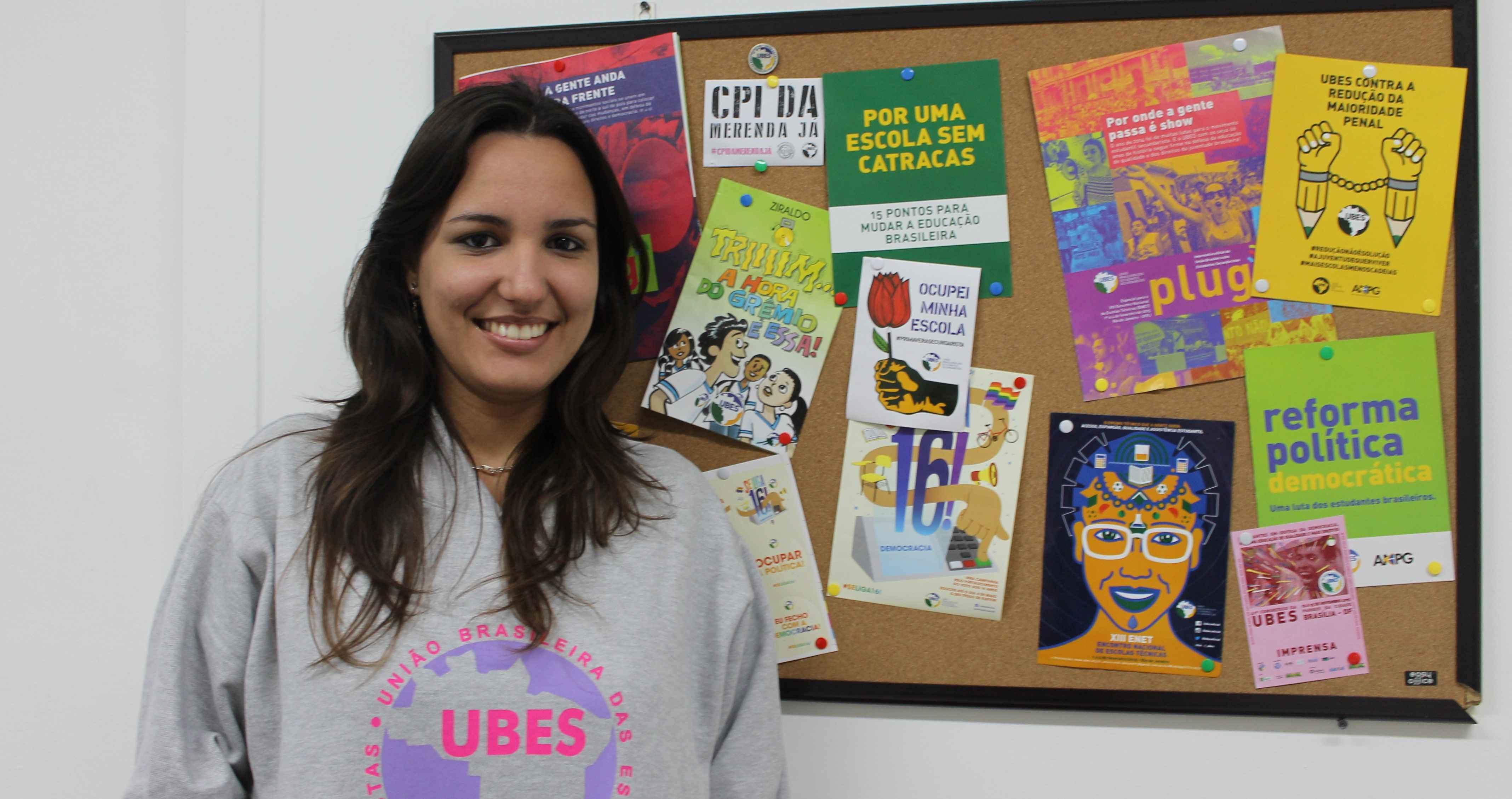 Confira o bate-papo da reportagem da UBES com a presidenta da OCLAE, Heyde Ortega