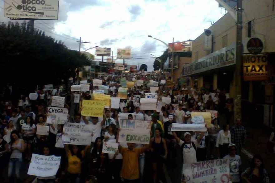 Passe Livre: prefeitura de Anápolis (GO) anula protagonismo juvenil