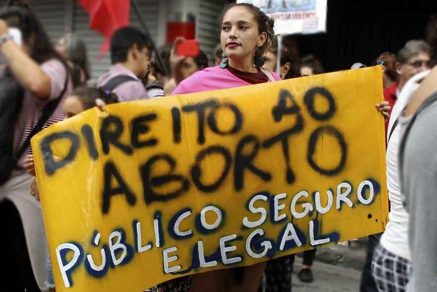 20% das brasileiras já abortaram, mas há pouco espaço para falar sobre isso