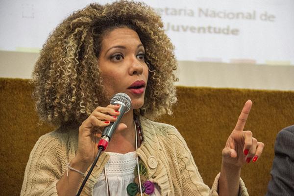 """""""Violência não se combate com violência"""", diz presidenta da UNEGRO"""