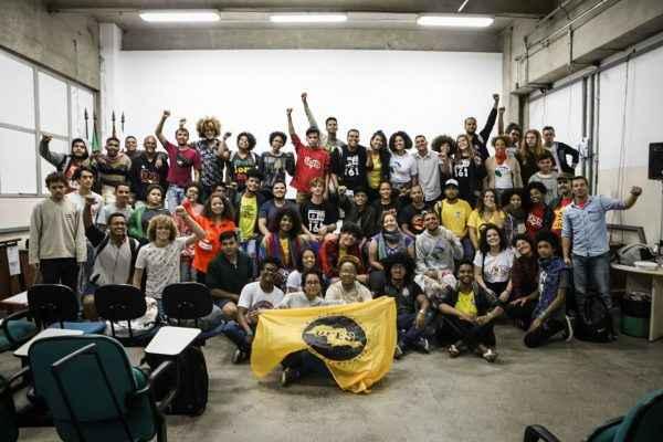 Contra o ódio, UBES faz convocação a estudantes para ocuparem as urnas