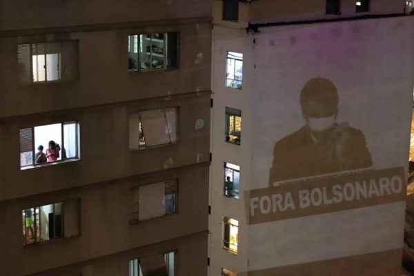 Das janelas, Brasil denuncia irresponsabilidade do presidente