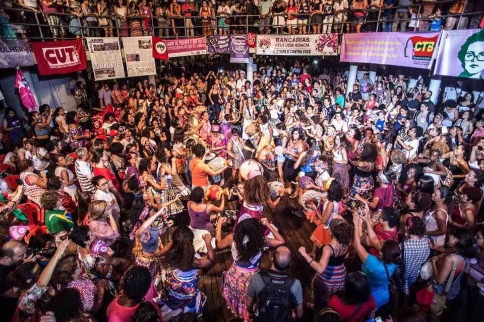 A força das mulheres pela democracia em grandes atos no Rio e São Paulo