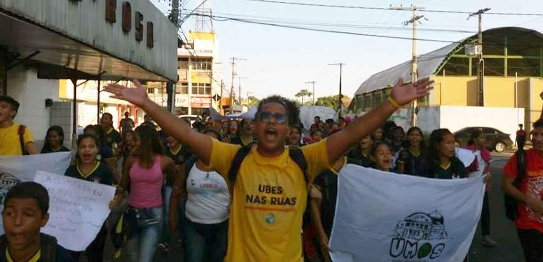 Em Manaus, estudantes esfaqueados e assaltos integram a realidade das escolas