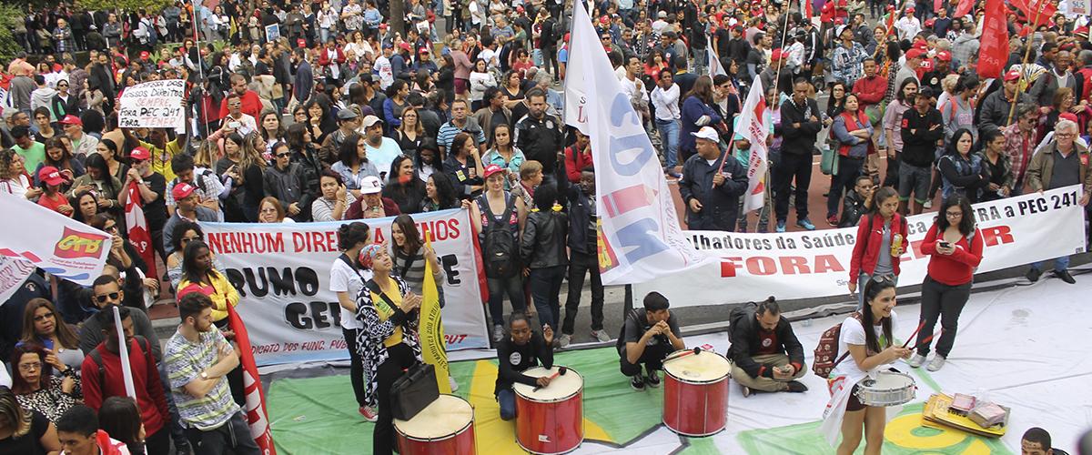 Estudantes e professores unidos contra a Lei da Mordaça e a Reformulação do Ensino Médio