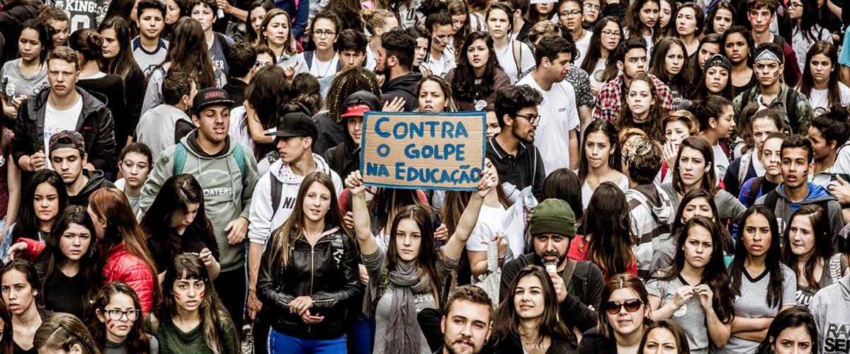 Mais de 30 dias de ocupação: Estudantes contam por que ocupar é resistir