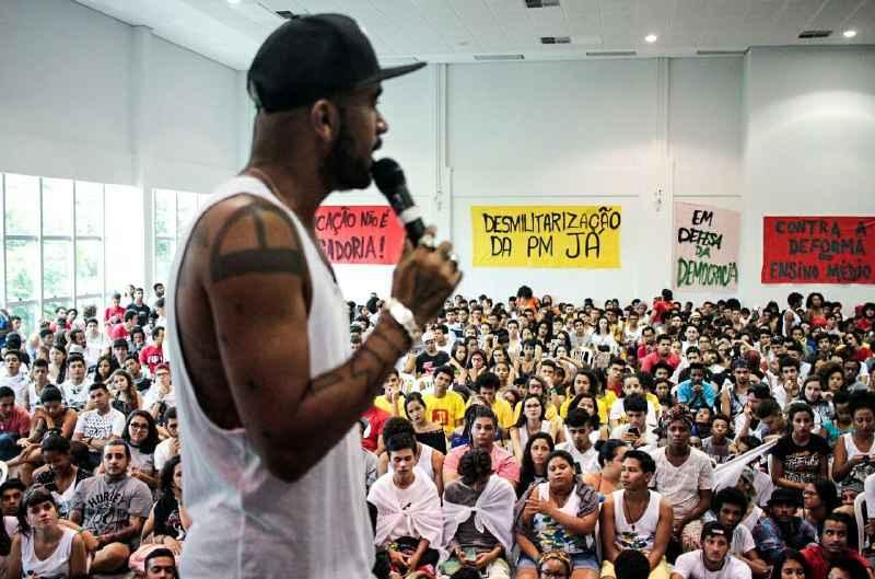 """Renegado: """"Ao longo do golpe, me perguntavam onde estava a esquerda brasileira. Eu dizia: 'A esquerda está ocupando escola'. Temos que nos organizar para não virar esquerda do ar-condicionado."""" (Foto: Marcelo Rocha/ Mídia NINJA)"""