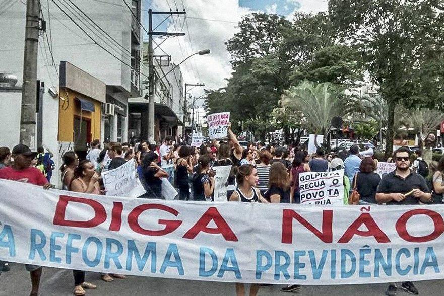 31M: Dia Nacional de Mobilização paralisa o país contra as reformas de Temer
