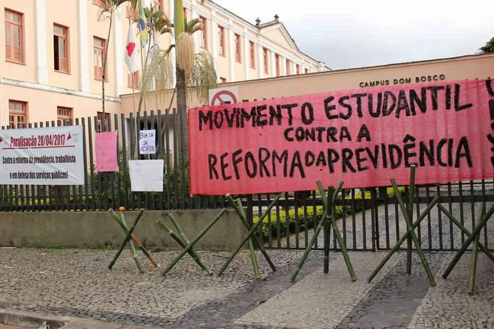 ufsj minas gerais Rayan Rodrigues e Cheyenne Vieira jornalistas livres