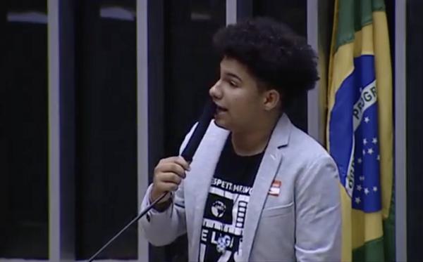 Do que precisam os jovens brasileiros?
