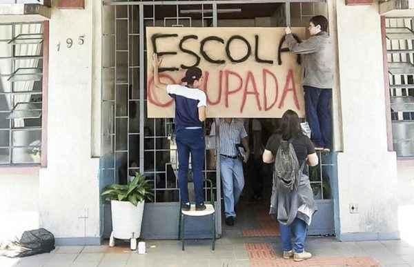 #ANISTIAJÁ: Estudantes processados no Paraná não tiveram defesa