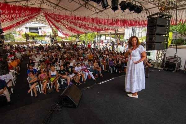 Fortalecer a grande identidade brasileira para defender a democracia