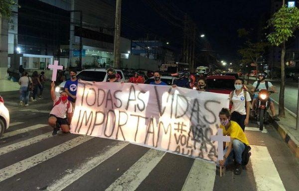 Nem papel higiênico: Estudantes denunciam volta às aulas irresponsável em Manaus