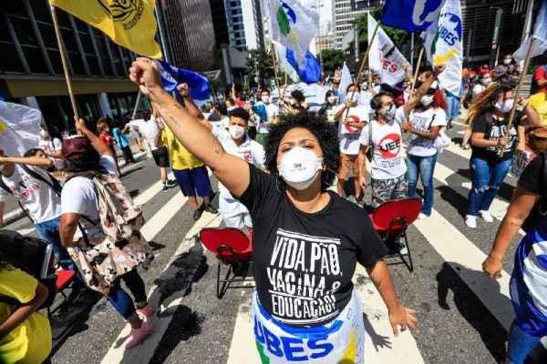 Luta estudantil chega ao Brasil todo em grito por vida, pão, vacina e educação